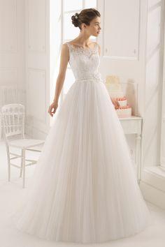 2015 correas Corte vestido de boda de Tulle Línea de cola con apliques y hecho a mano de la flor USD 219.99 VEPJEQ56BJ - Vestido2015.com