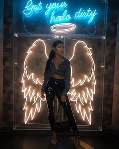 Image about girl in My style by abrar 7711 on We Heart It is part of Neon aesthetic - Discovered by Aჳεթδαйðжαηка✓ Find images and videos about girl, woman and lights on We Heart It the app to get lost in what you love Photowall Ideas, Nightclub Design, Hookah Lounge, Bar Lounge, Neon Aesthetic, Restaurant Interior Design, Bar Interior Design, Cafe Design, Neon Lighting