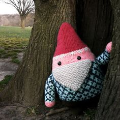 Jumbo Gnome Pattern by Anna Hrachovec - This guy is so cute!