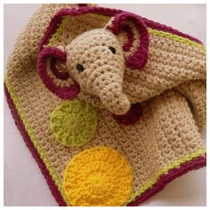 FREE Pattern for a crochet Elephant Lovie (comfort blanket).   #freecrochetpattern #crochet