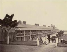The soldiers from the Regiment at Victoria Barracks, Sydney in the First Fleet, Botany Bay, Great North, Bonnie N Clyde, British Soldier, Armed Forces, Great Britain, Geography, Old Photos