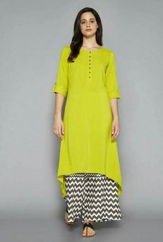 Office Wear Women Work Outfits, Spring Outfits Women, Silk Kurti Designs, Kurta Designs Women, Abaya Fashion, Indian Fashion, Fashion Dresses, Dress Indian Style, Indian Dresses