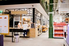 Finally we have Eataly in München.Tomorrow the food market opens its doors to the public for the first time. Eataly brings Italian food culture to Germany