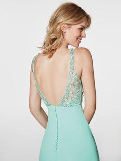 1c9d67fd64de Imagen del vestido de fiesta turquesa (62009). Vestido GREEN largo sin  mangas Corpetto