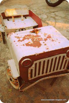 Ganhei um desse de um rapaz que trabalhava num Ferro Velho ao lado de casa! OO Antigo Brinquedo de Lata Jeep Bombeiro da Bandeirante 450! Anos 70/80