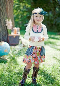 Styling Idea for your kid's photoshoot! Loving the Matilda Jane outfit. What a stunning model! www.KamilleMarshall.com