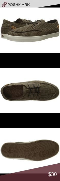 **BNWT** MENS REEF TWEED BOAT SHOES SZ:12 BRAND NEW WITH TAGS!!! REEF BOAT SHOES FOR MEN SZ: 12.                                      PRODUCT INFORMATION: Uppers made of a custom textile fabric. Soft textile lining. Molded wax texture on cushiond footbed. Vulcanized midsole taping with Reef logo detail at rear. Swellular traction pattern on molded rubber outsole. Reef Shoes Boat Shoes