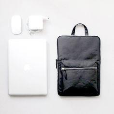 Minimalist Office Bag | Poketo