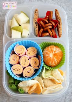 Super Simple Lunches packed with @EasyLunchboxes containers