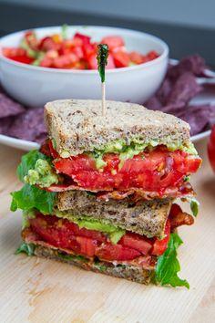 Looks Yum. Pesto Guacamole BLT (Bacon, Lettuce and Tomato) Sandwich Blt Recipes, Avocado Recipes, Sandwich Recipes, Cooking Recipes, Healthy Recipes, Sandwich Bar, Sandwich Ideas, Healthy Foods, Vegetarian Recipes