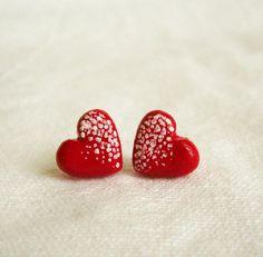 Ruby red heart shaped earrings. ❤❤