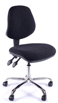 Juno Chrome Medium Back Operator Chair #chairs #officechairs #officefurniture #comfortablechairs