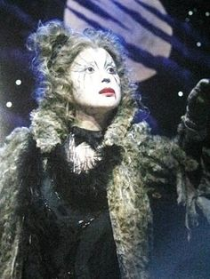Grizabella......loved the movie & play