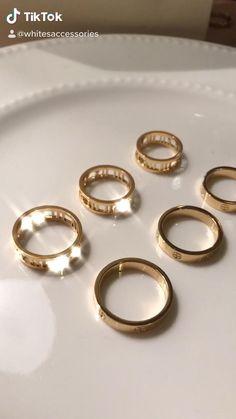 Hand Jewelry, Cute Jewelry, Jewlery, Silver Jewelry, Jewelry Accessories, Love Bracelets, Ankle Bracelets, Baguette Diamond Wedding Band, Cartier Bracelet