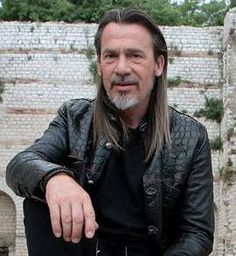 1000 images about florent pagny on pinterest coiffures music awards 2014 and album. Black Bedroom Furniture Sets. Home Design Ideas