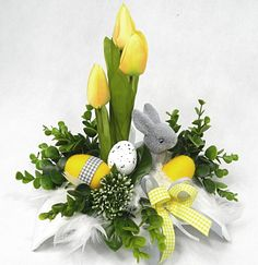 Easter Flower Arrangements, Easter Flowers, Diy Flowers, Floral Arrangements, Easter Wallpaper, Easter 2020, Easter Cross, Holidays And Events, Happy Easter