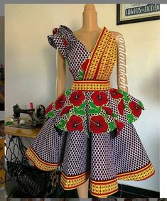 Ankara styles gown are always trendy! You just cant keep these beautiful dresses hidden in your wardrobe! Take a look at the latest Ank Ankara Short Flare Gowns, Short African Dresses, Ankara Short Gown Styles, Trendy Ankara Styles, Short Gowns, Ankara Gowns, African Clothes, African Fashion Ankara, African Inspired Fashion