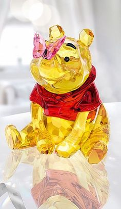 Swarovski Crystal, Disney Winnie The Pooh With Butterfly Disney Figurines, Glass Figurines, Winnie The Pooh Friends, Disney Winnie The Pooh, Swarovski Crystal Figurines, Swarovski Crystals, Swarovski Jewelry, Art Of Glass, Disney Jewelry