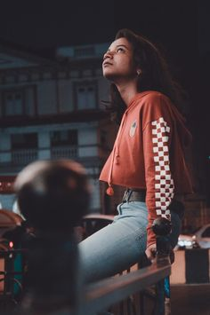 Among all you stars he gazed at me. And each second i kept falling more towards him. I beacame his shooting star. Shooting Stars, Street Photography, Photo And Video, Videos, Instagram, Style, Fashion, Falling Stars, Fashion Styles