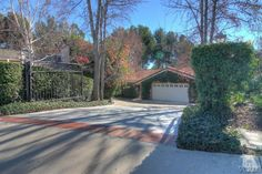 Information about homes for sale in Westlake Village is available at Lydia Gable Realty.