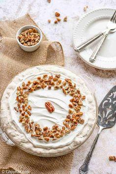 Easy Pie Recipes, Dessert Recipes, Cake Recipes, Ritz Cracker Recipes, Copykat Recipes, Ritz Crackers, Dessert For Dinner, Restaurant Recipes, Christmas Desserts