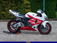 2005 Honda CBR 600 RR Honda Cbr 600, Honda Sport Bikes, Ninja Bike, Cbr 600rr, Honda Motors, Retro Bike, Motorcycle Manufacturers, Motorcycle Travel, Sportbikes