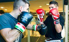 Mejora tu agilidad y equilibrio y tonifica tus músculos con las clases de #boxeo en Pamplona del gimnasio Onfitness.