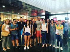 No los echéis mucho de menos! Los padres de #highschoolintegration en el aeropuerto de #Barcelona#WeLoveBS #Idiomas #Inglés #verano #Cursos #Travel #Language #Summer #Amigos #Friends