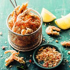 Deep-Fried Whole Prawns With Lime Chilli Salt
