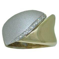 0.12 cttw. Diamond Ring https://www.goldinart.com/shop/diamond-rings/0-12cttw-diamond-ring #DiamondRings, #WhiteGold, #YellowGold