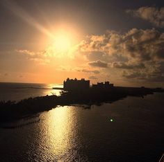 Atlantis Resort in The Bahamas at sunset. Perfect for families, couples or a friends vacation!