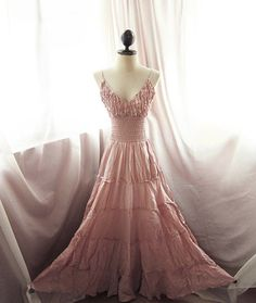 Chantilly Petal Rose Goddess Alice in Wonderland Ruffled Dreamy Marie Antoinette Gypsy Hippie Jardin Long Maxi Summer Victorian Flowy Dress
