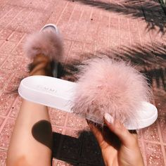 Find images and videos about pink, shoes and slippers on We Heart It - the app to get lost in what you love. Beautiful Sandals, Cute Sandals, Slide Sandals, Fuzzy Sandals, Cute Slides, Pink Slides, Zapatillas All Star, Fluffy Shoes, Fuzzy Slippers