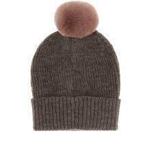 HAT WITH PUFF