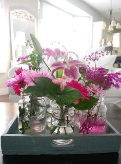 dienblad-decoratie-glazen-vaasjes