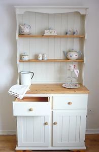 New upcycled furniture white shabby chic ideas Diy Furniture Projects, Upcycled Furniture, Shabby Chic Furniture, Furniture Makeover, Shabby Chic Welsh Dresser, Hutch Makeover, Bedroom Furniture, Shabby Chic Kitchen, Shabby Chic Homes