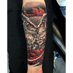Stunning owl piece Eagle Tattoos, 3d Tattoos, Leaf Tattoos, Girl Tattoos, Tattoos For Guys, Tattos, Owl Tattoo Design, Tattoo Designs, Fall Leaves Tattoo