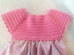 Lola Botona Málaga: Vestido Bebé Ganchillo Crochet Stars, Crochet Girls, Crochet For Kids, Crochet Baby, Crochet Fabric, Crochet Tunic, Crochet Clothes, Knit Crochet, Baby Dress Patterns