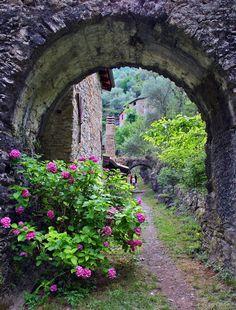 Old house near the Pigna. Imperia Italy