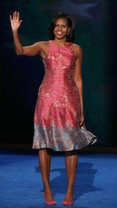 Vestido de Michele Obama tem venda online....http://www.sacadafashion.com.br/vestido-de-michele-obama-tem-venda-online/