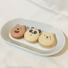 aesthetic food we bare bears grizzly panda ice bear macarons Comida Disney, Decoration Patisserie, Bear Cookies, Think Food, Cute Desserts, Cafe Food, Aesthetic Food, Brown Aesthetic, Summer Aesthetic