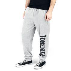 """#Pantaloni della tuta grigi """"Logo Large"""" di #LonsdaleLondon con nome del brand stampato sulla gamba sinistra, coulisse in vita ed etichetta con bandiera inglese laterale. Materiale: 80% cotone, 20% poliestere."""