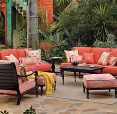 Our British Colonial Seating Collection captures the old-world character of antique carved mahogany, re-created in durable cast aluminum.