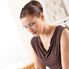 Looking for Buy Rimless Glasses for Ladies Online in India