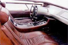 Maserati Boomerang... Why doesn't my living room look like this. I'd sleep in this. When Citroen owned Mazer it didn't work but it was frigging cool...