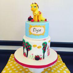 Applejack cake My little pony cake