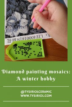 Diamond painting mosaics: a great winter hobby. Cosy up with a glass of wine and some music, and let the day's stresses melt away with the great craft.