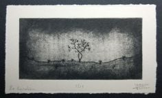 Gravure faite à la pointe sèche et au papier de verre.  Le gardien, parce que dans la forêt ou dans la lande, certains arbres isolés semblent
