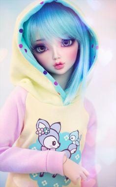 Is a Ball Jointed Doll cyristine: Mitsuru wearing a sweet pastel hoodie that I made.cyristine: Mitsuru wearing a sweet pastel hoodie that I made. Beautiful Barbie Dolls, Pretty Dolls, Cute Dolls, Pastel Hoodie, Images Murales, Kawaii Doll, Kawaii Art, Realistic Dolls, Anime Dolls