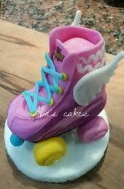 Resultado de imagen para tortas de soy luna de disney Soy Luna Cake, Roller Skate Cake, Birthday Candles, Birthday Cake, Show Da Luna, Funny Cake, Skate Party, Son Luna, Pasta Flexible